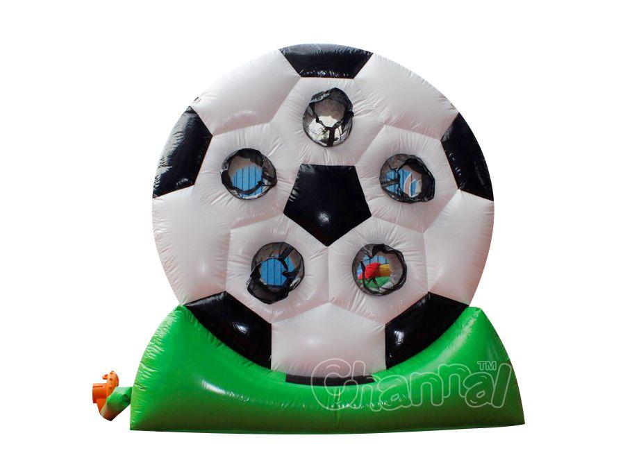 tiro al fútbol inflable