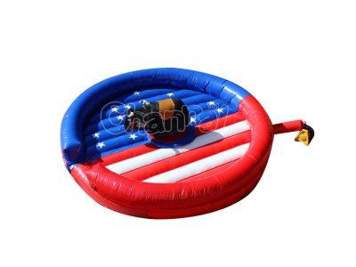 toro mecánico bandera estadounidense