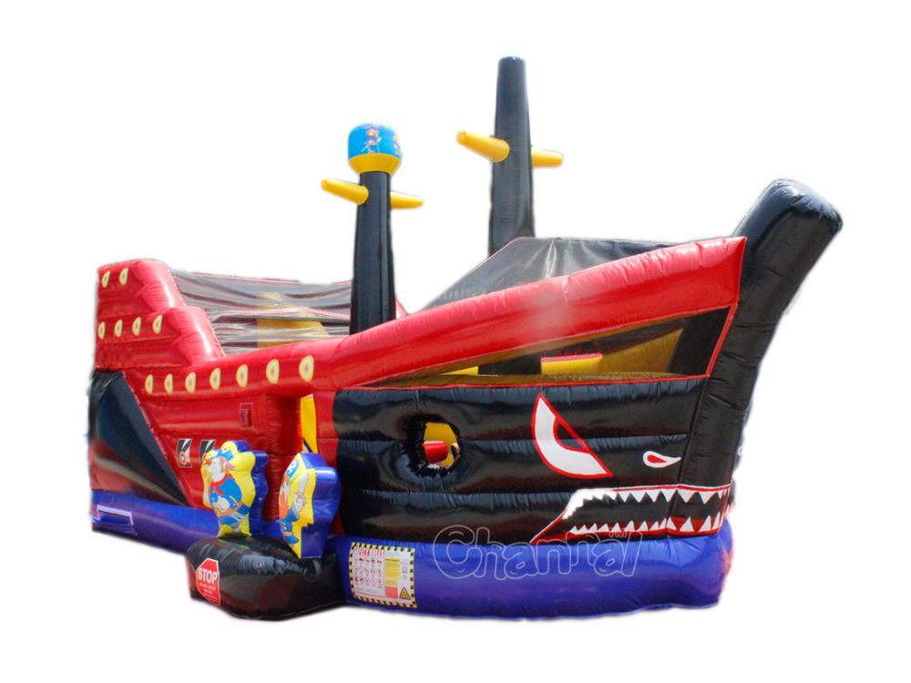 tobogan barco pirata tiburón